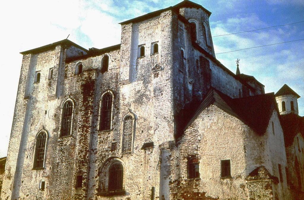 Монастырский собор